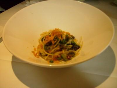 太刀魚と山菜のスパゲッティーニ カラスミ風味